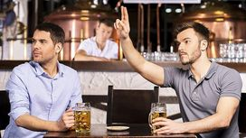 Annoying Things People Do To Piss Off Bartenders - Ordering Drinks After Last Call